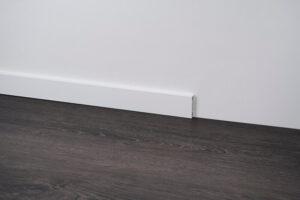 cokół przypodłogowy z aluminium biały