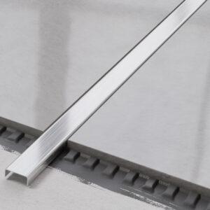 metalowa listwa ozdobna C stalowa srebrna matowa